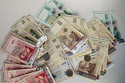 банкноти левове