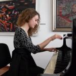 Ученици на Антоанета Воденичарова ще зарадват публиката с концерт