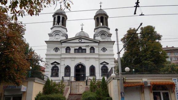"""църква """"Света Троица"""""""