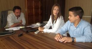 mladejki-parlament