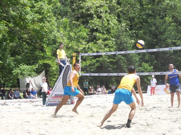 плажен волейбол