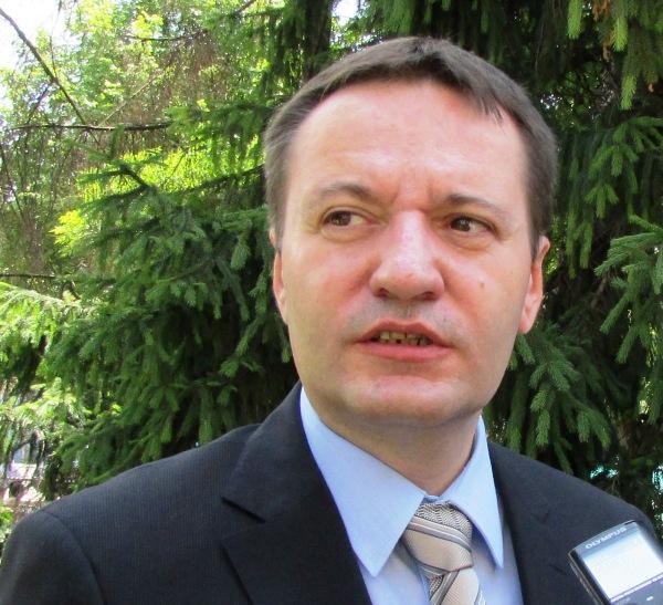 Антон Пакурецу