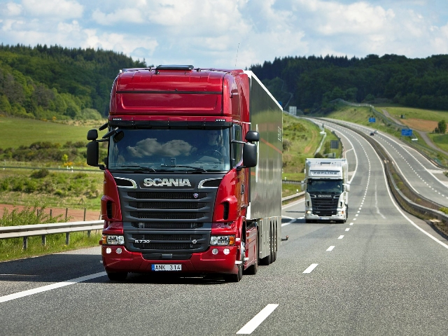 автомагистрала камион