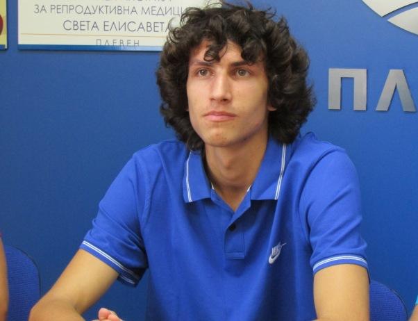 Тихомир Иванов