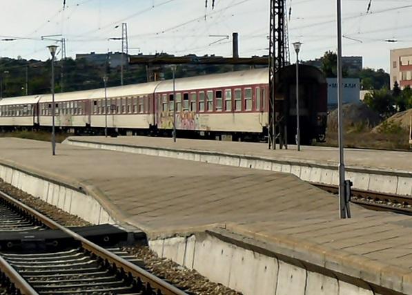 SAM_0787 влак гара