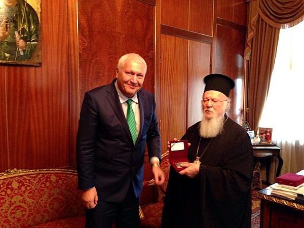 Васил Антонов - вселенския патриарх