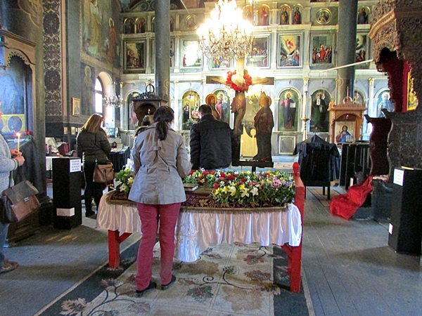 IMG_8831 храм Св. Троица - Велики петък