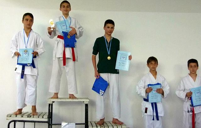 Класиране юноши 12-13 г.- лека категория