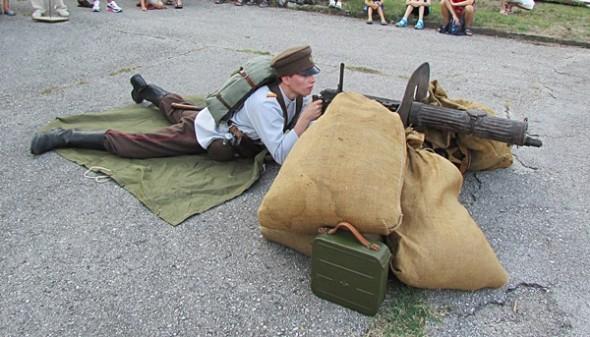 IMG_2291възстановка IV-ти пехотен
