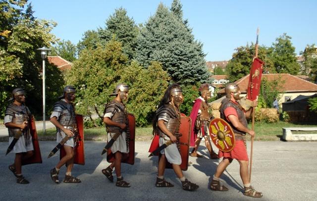 легионери в РИМ