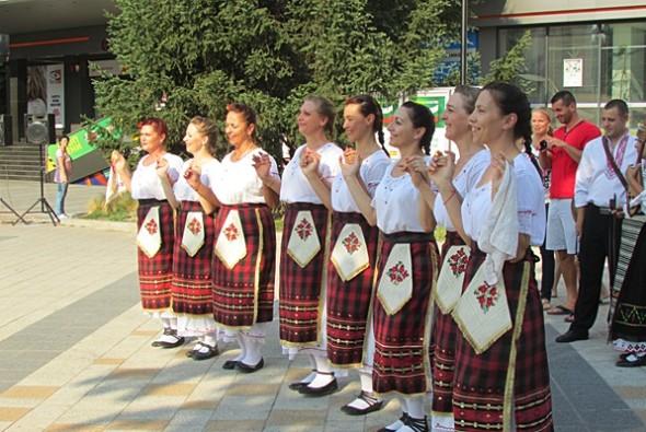 IMG_2475фестивал Плевен пее и танцува