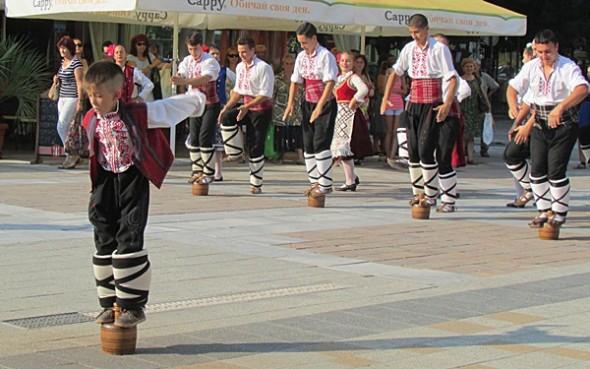 IMG_2502фестивал Плевен пее и танцува