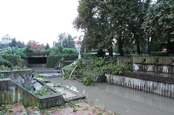 IMG_3083каскада-наводнена