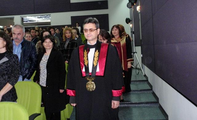 проф. Славчо Томов