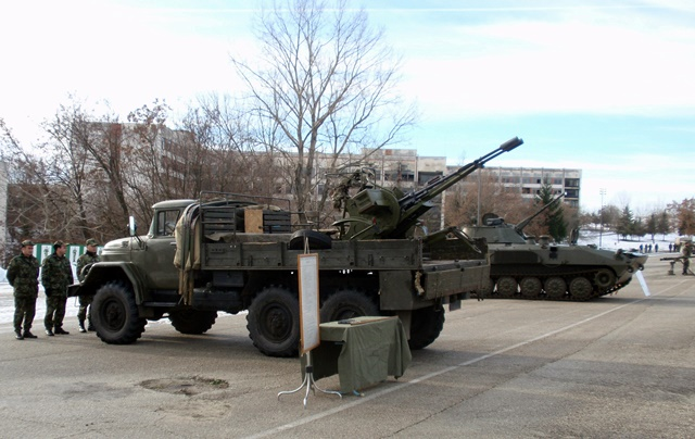 военни машини