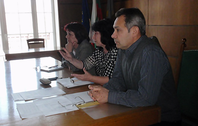 комисия читалища