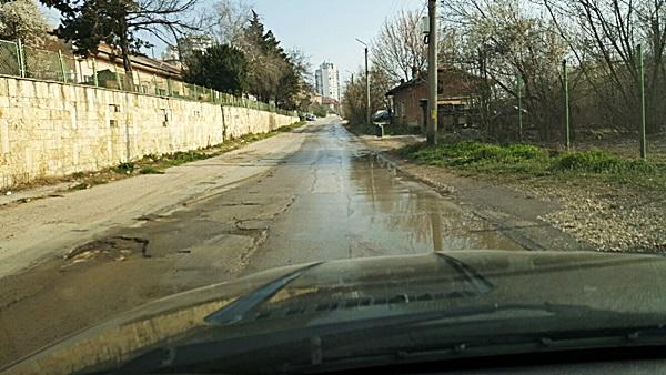 20160321_теч вода улица