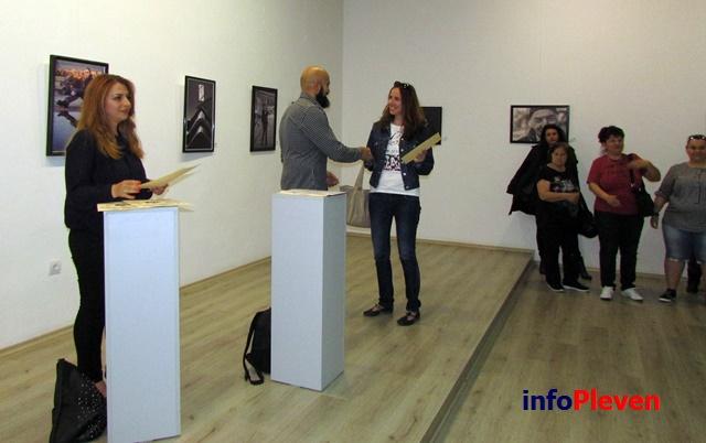 фото изложба Арт център 10