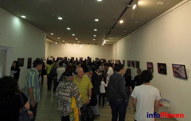 фото изложба Арт център 8
