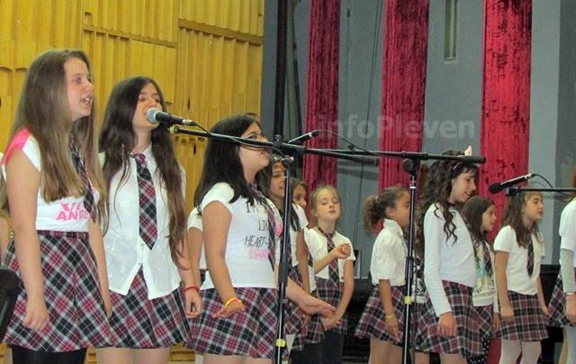 концерт България пее 2