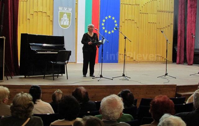 концерт България пее