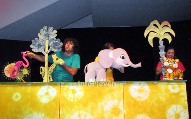 Тигърчето Спас и малкото голямо слонче 10