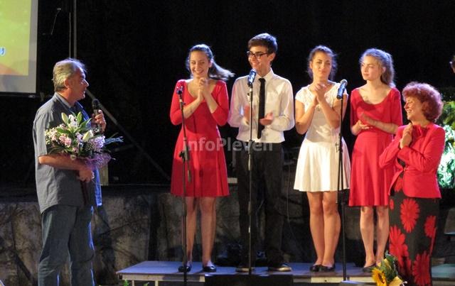 концерт хор Звъника 6