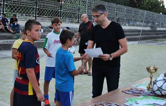 кнежа футболен турнир